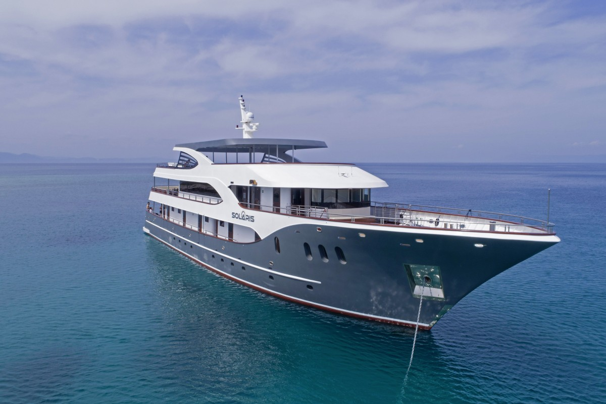 My Solaris Deluxe Motor Yacht Cruise From To Trogir I D Riva